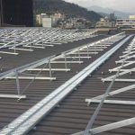 Por qué elegir aluminio y acero galvanizado para tus estructuras solares